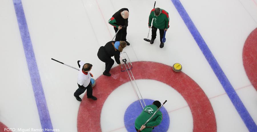 El Campeonato de España Mixto cierra la competición nacional de Curling en Jaca